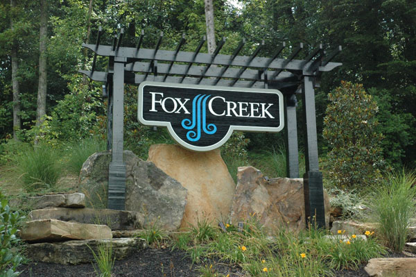gfx 03 lrg Fox Creek
